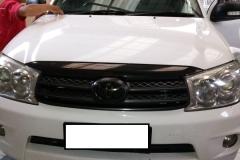 Kaca mobil Depan Toyota Fortuner Bogor